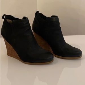 Crown Vintage Carly Bootie
